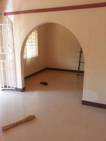 A two bedroom house for rent in kisasi Kampala - image 7