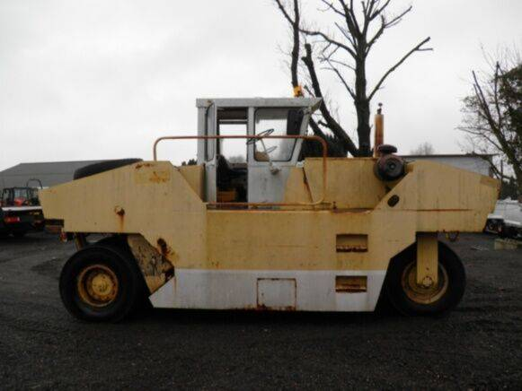 Sale albaret pf3 pneumatic roller for  by auction