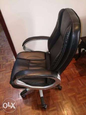 Office Chair Nairobi CBD - image 4