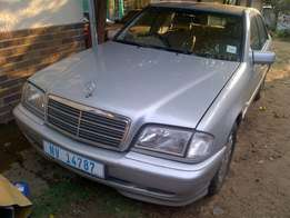 Mercedes C250 Turbo Diesel - Auto