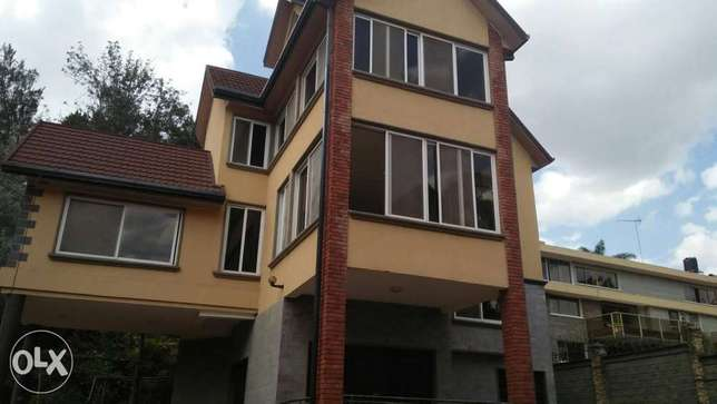 4bedroom townhouse to let Spring Valley - image 1