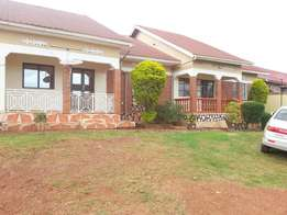 Self-contained 2bedrooms house in Kawempe at