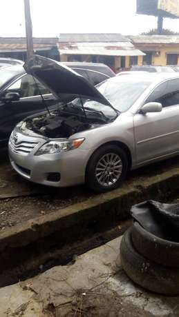 Tokunbo toyota camry silver Surulere - image 1