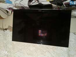 Selling samsung 32 inches tv