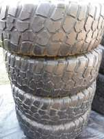 4xBF Goodrich tyres Mud 285/70/17,40 percent tread!!