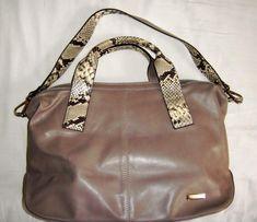 96efb60714989 Venezia nowa torebka duża w kolorze taupe z dodatkiem wężą.Skóra 100%