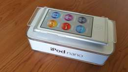Apple I Pod Nano 16 GB Model A1446 7th Generation.