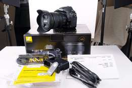 i am selling my Nikon D750 with 24-120 Kit