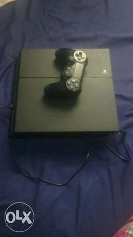 Ps4 console with a pad Hazina - image 4