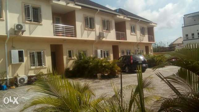 Very nice and clean 4bedroom terrace to let at s-fort estate ajah lago Aja - image 2