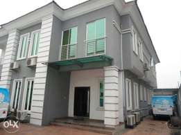 5 Bedroom Detached Duplex with 2 rooms bq in side Ikeja GRA
