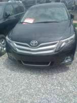 Few months used Clean Toyota Venza 2013