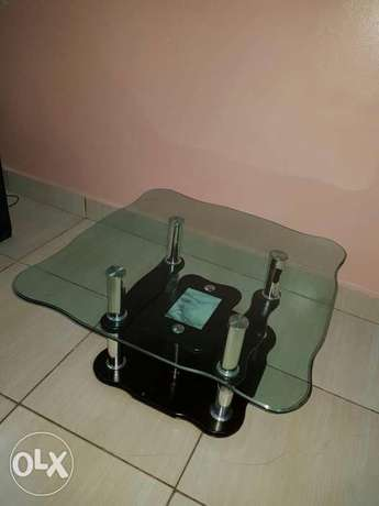 Unique 3 piece glass black coffee table at an affordable price Mombasa Island - image 2