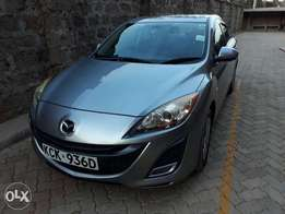Mazda axela 2009 Accident free and selling personally. Quick sale