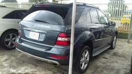 Mercedes Benz ML350 4maltic 2011 Model