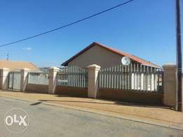 House to Rent in Cosmo city ext 8