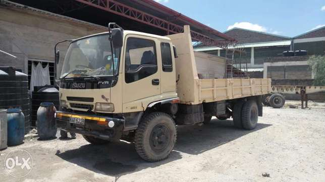 Very clean Isuzu FVR truck 2003 model Muthaiga - image 1