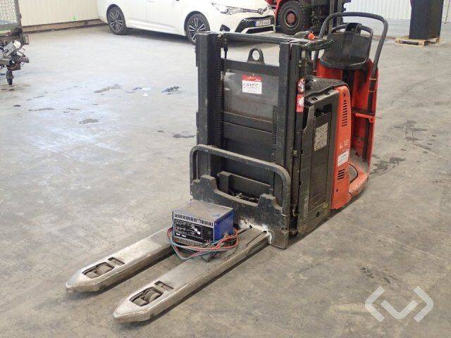 Linde L12 seat stacker (el) (rep.obj) (No export)