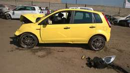 2014 FORD FIGO AMBIENTE stripped parts