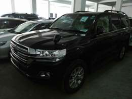 Toyota Hilux double cab Vigo 2010 model. KCM number. Loaded with al