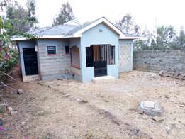 3 bed bungalow master Ensuit. New in 1/8th of acre. Location: along Kiserian matasia road
