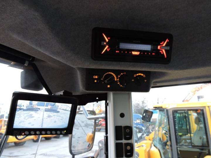 Volvo L150H - 2015 - image 32