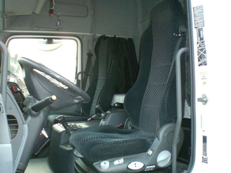 Mercedes-Benz 822 Atego Standklima - 2011 - image 8