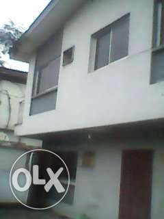 4bed flat with bq Lagos Mainland - image 1