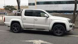 VW Amarok 2.0 Double-cab Highline (petrol) 2012: Sale price R230 000