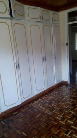 4Bedroom Nicely Maisonette To Let Near Methodist Guest House Kileleshwa - image 5