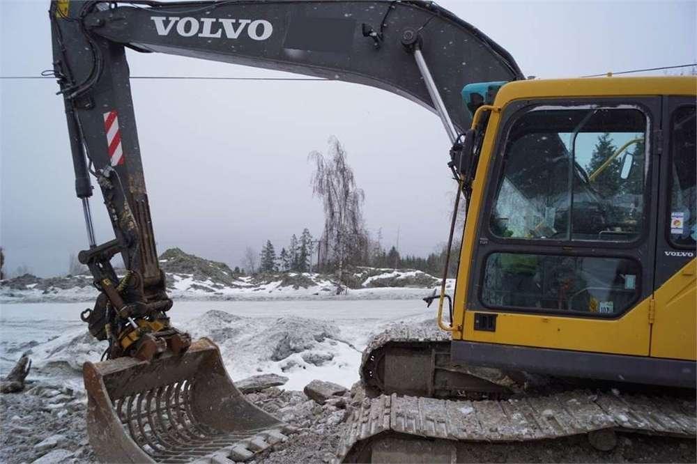 Volvo Ec210 Blc - 2004 - image 3