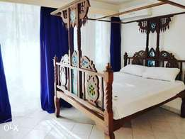 Solid wood bed 5x6 for sale