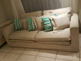 Big beautiful couch for sale L2200 D1100 CASH ONLY NO EFTS THANKS