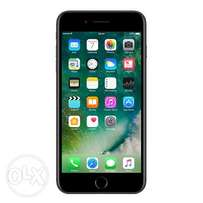 Apple iPhone 7 (32GB) with Charger