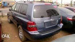 Very Clean Tokunbo 05 Toyota Highlander 4 Plugs