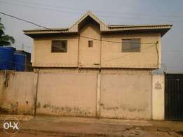 4units of 2bed room flat for sale with CofO title at ikorodu axis
