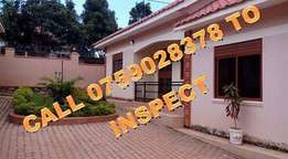 Immaculate 2 bedroom house in the heart of Najeera at 500k