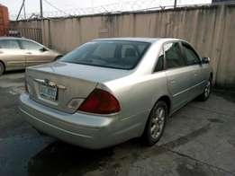 ADORABLE MOTORS: A clean, well used and maintained 03 Toyota Avalon