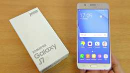 Samsung Galaxy J7 2016 with warranty