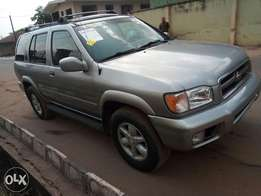 Newly cleared Nissan Pathfinder 2001model
