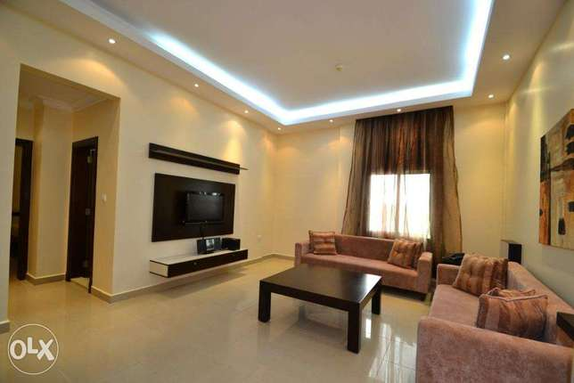 2-bed furnished apartment with pool and gym
