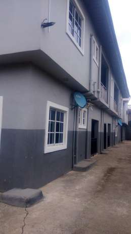 Nice Fantastic Luxury Executive 3bed Rooms Flat at Ajao Estate Isolo Lagos Mainland - image 2