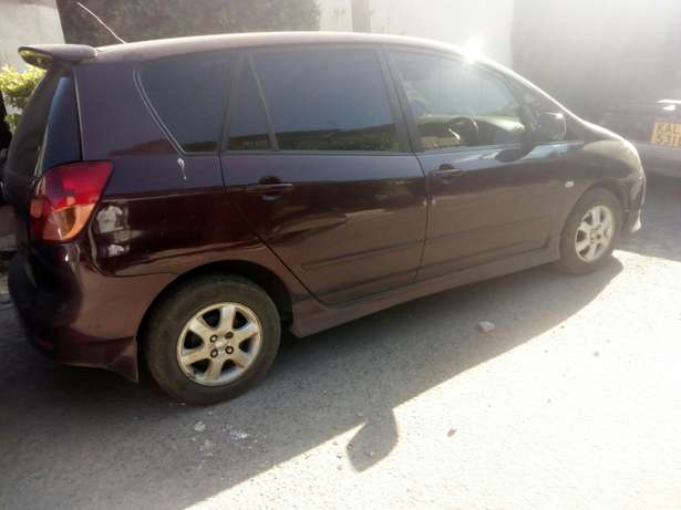 Toyota Spacio, 1500cc, fully loaded. Very fuel efficient, well kept Nairobi CBD - image 5