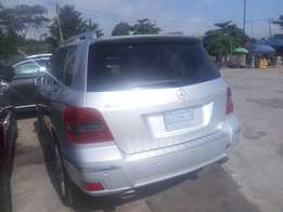 Clean tokunbo Mercedes Benz GLK350