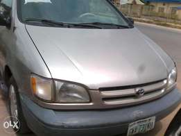 Clean Sienna 2000 Model At Give Away Price