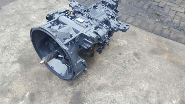 Mercedes actros mp3 G211-12 gearbox with ecm Africa - image 6