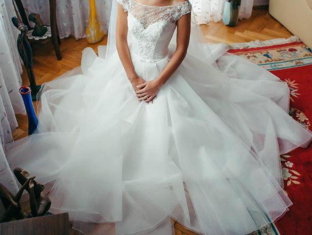 Весільна сукня Seana  4 000 грн. - Весільні сукні Львів на Olx ac71e08c4470f
