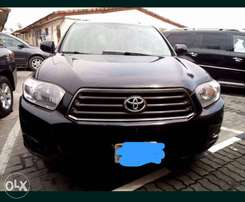 Toyota Highlander 2010 model Registered for Quick Sale