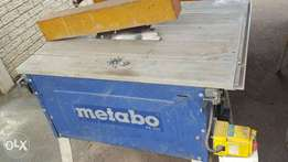 table saws and tile cutter