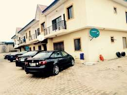 Lovely serviced 2bedroom flat in Medina estate Gbagada for rent